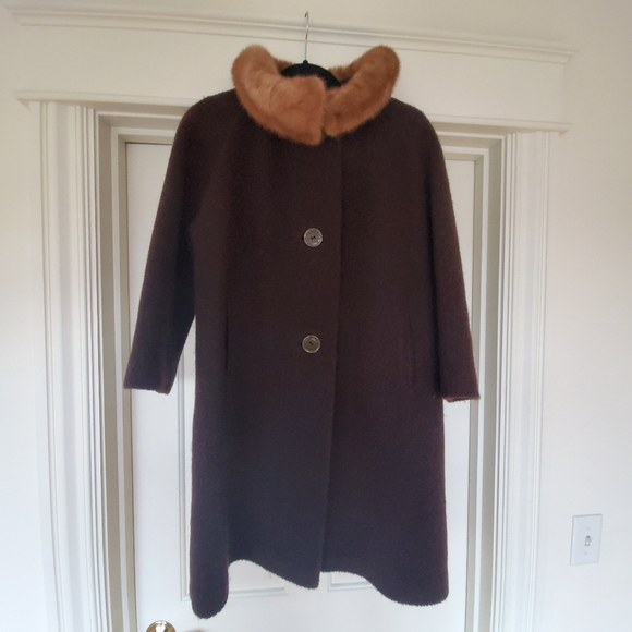Jackets & Blazers - Vintage brown coat by with mink collar